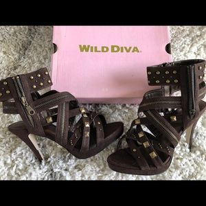 New Wild Dive brown and gold suede zip stilettos